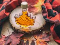 maple syrup, photo Maridav/shutterstock